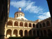 Visitamos la Biblioteca Valenciana y acudimos al teatro Flumen.
